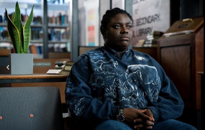 Viv si mostra in un'immagine della seconda stagione