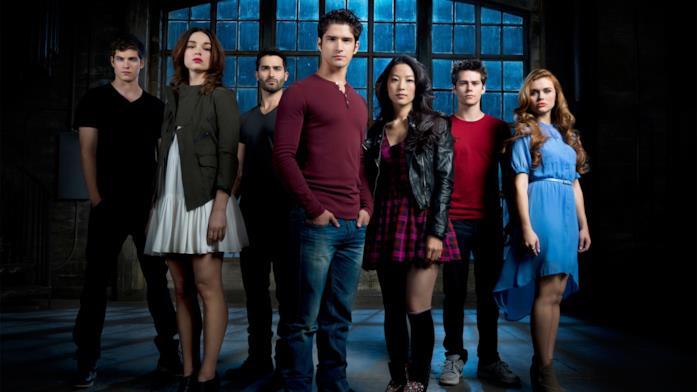 Scott, Lydia, Isaac, Allison, Derek, Stiles e Kira in Teen Wolf