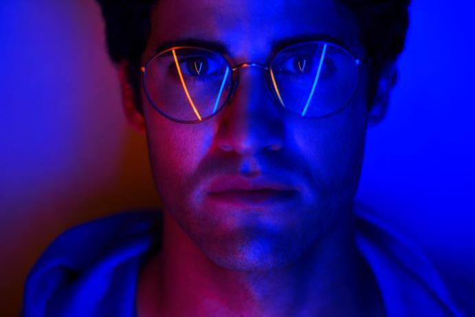 Sarà Darren Criss ad interpretare il serial killer che uccise Gianni Versace di fronte alla sua villa a Miami Beach