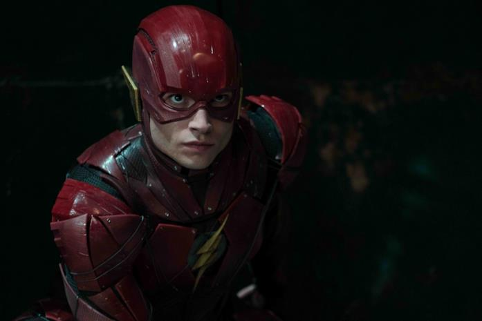 Ezra Miller come Flash in Justice League