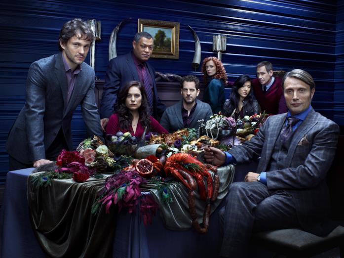 Una foto promozionale con il cast della seconda stagione di Hannibal