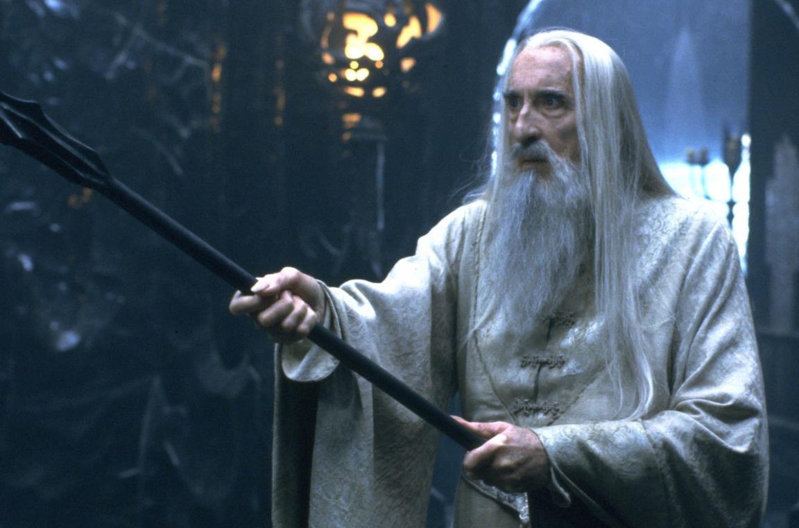 Christopher Lee nel ruolo di Saruman il Bianco