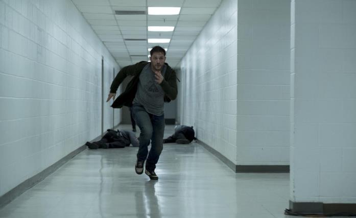 Tom Hardy in una scena del film