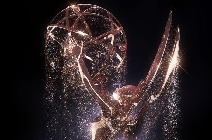 Un dettaglio della statuetta degli Emmy tratto dal poster dell'ultima edizione