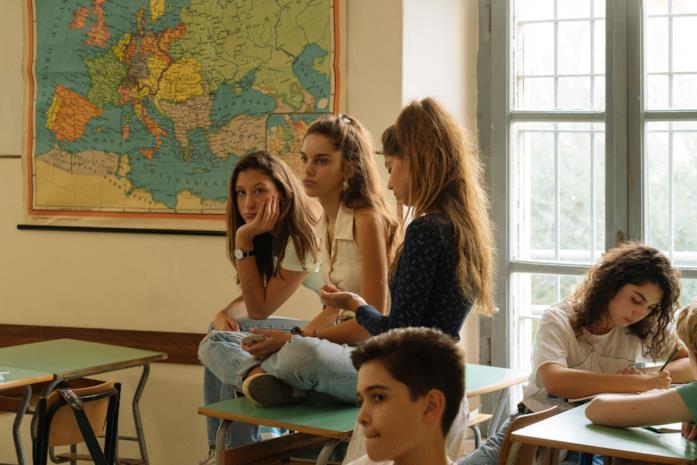 Una scena a scuola del film Maledetta primavera