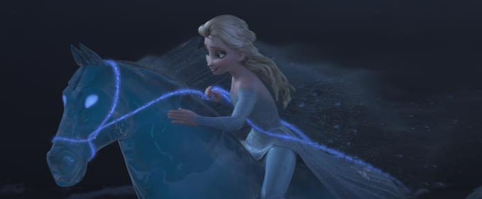Elsa cavalca il Nokk in una scena di Frozen II