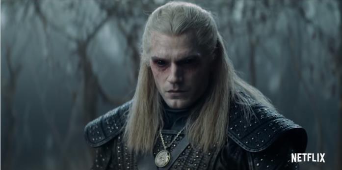 Henry Cavill truccato da Geralt Di Rivia