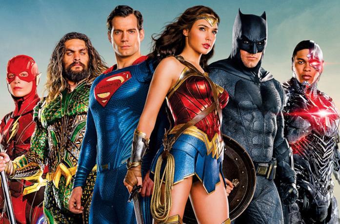 Gli eroi DC in un banner di Justice League