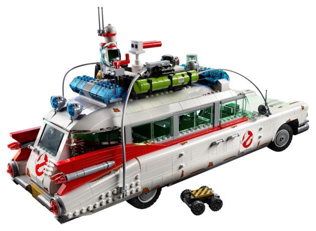 Una foto del tetto della Ghostbusters Ecto-1 LEGO