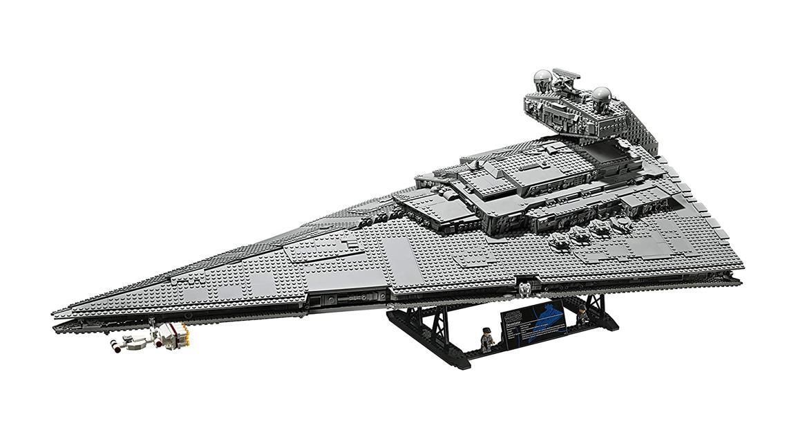 Ecco i colossali Star Destroyer LEGO da migliaia di pezzi (costruiti dai fan)