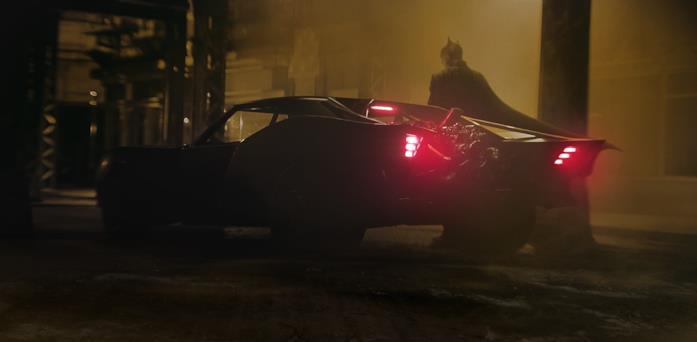 Batman e la sua Batmobile in una foto condivisa dal regista Matt Reeves