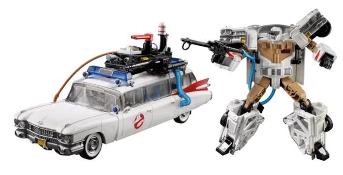 La Ecto-1 in versione auto e in versione robot dei Transformers