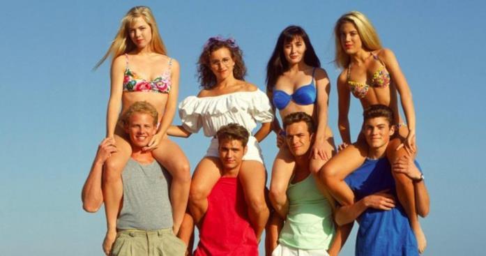 Un'immagine promozionale del cast di Beverly Hills 90210