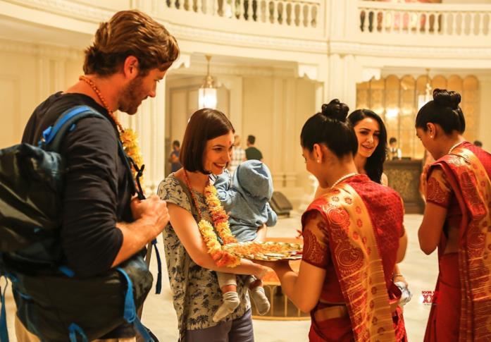 Due protagonist arrivano al Taj