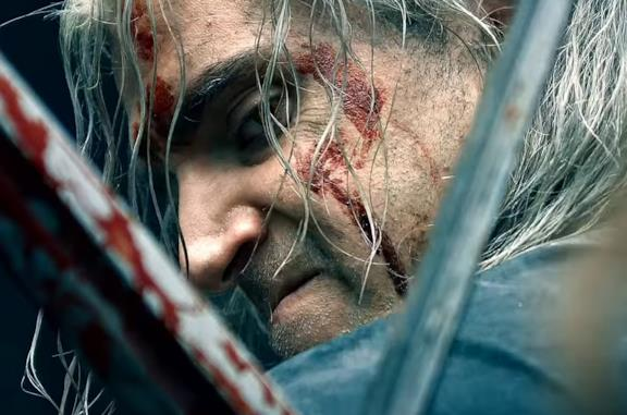 Henry Cavill è Geralt di Rivia in The Witcher su Netflix