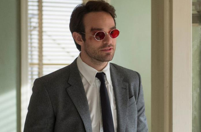 Charlie Cox nei panni di Matt Murdock in Daredevil