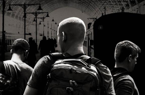 15:17 - Attacco al treno, la storia vera e il libro dietro al film
