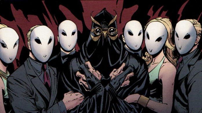 Un'immagine della Corte dei Gufi dai fumetti DC Comics
