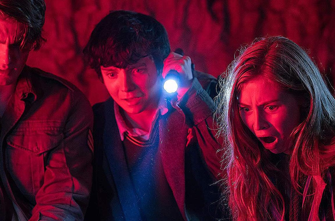 Simon Pegg e i giovani protagonisti di Slaughterhouse spacca