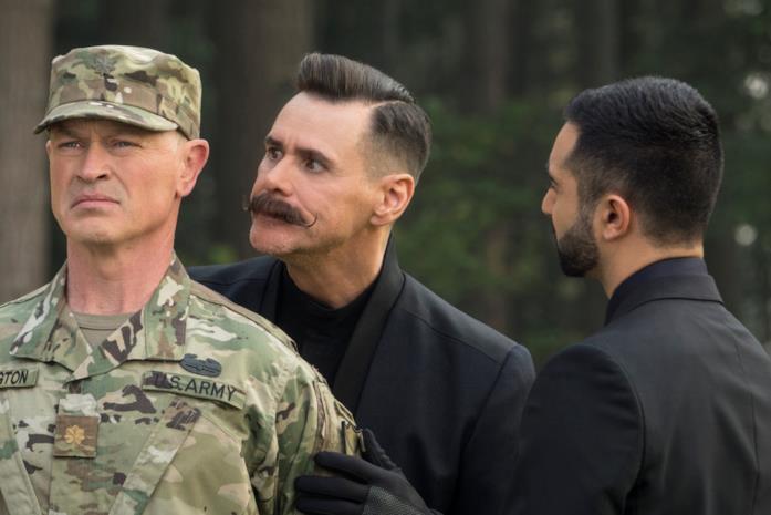 Robotnik e l'assistente Stone minacciano un soldato statunitense