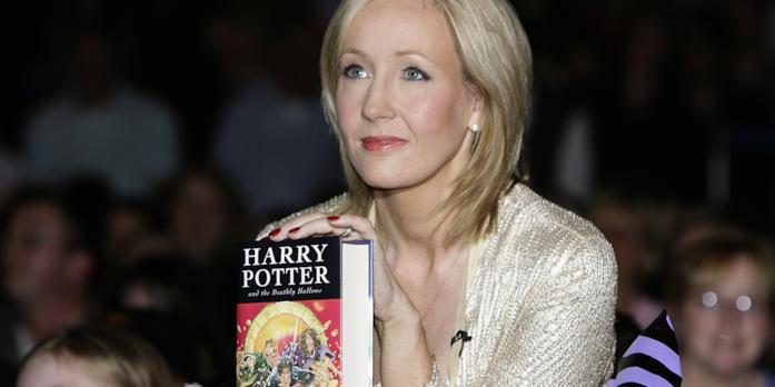 La scrittrice J.K. Rowling