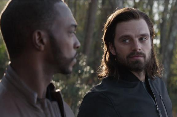 Sam Wilson e Bucky Barnes in Avengers: Endgame
