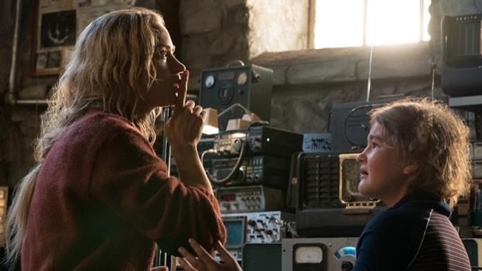 Emily Blunt e Millicent Simmonds in Un posto tranquillo