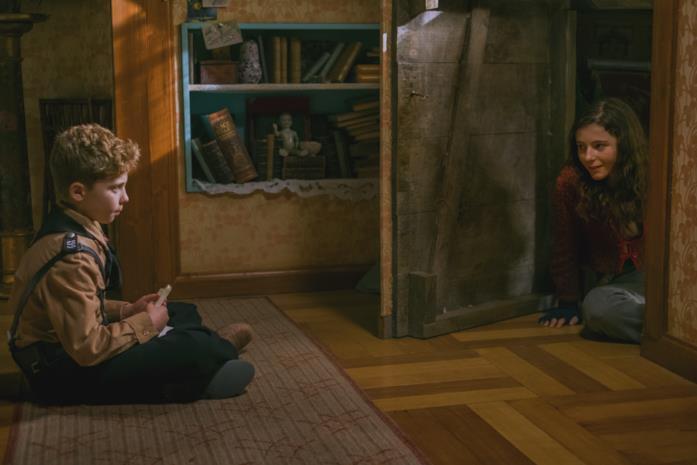Jojo ed Eliza conversano