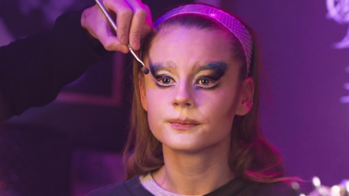 Dancing Queens: cosa sappiamo del drama Netflix ambientato nel mondo delle Drag Queen