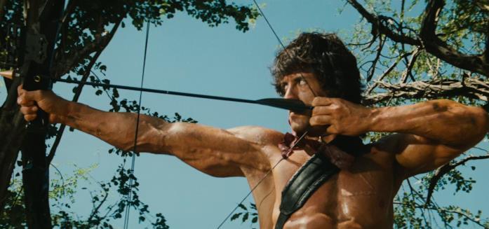 Stallone in una scena di Rambo 2 - La vendetta