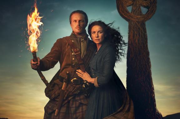 Sam Heughan e Caitriona Balfe in Outlander