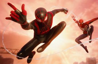 A sinistra Miles Morales, a destra Peter Parker