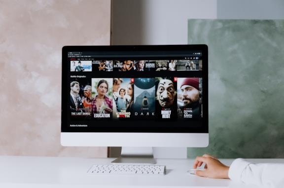Gli originali più visti di Netflix: dominano Too Hot to Handle e Stranger Things