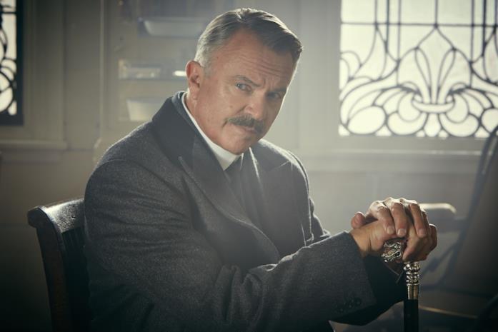 Sam Neill interpreta l'ispettore Campbell