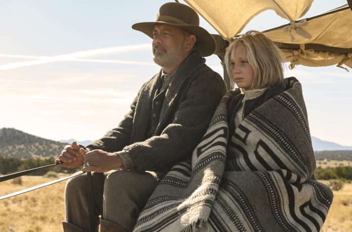Tom Hanks e Helena Zengel in Notizie dal mondo