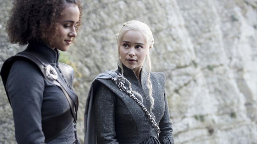 Missandei e Daenerys a colloquio