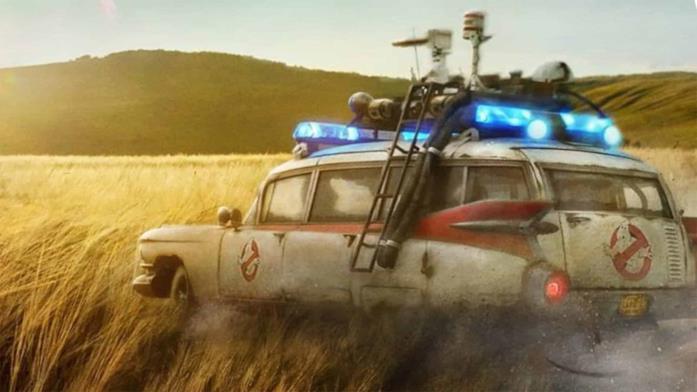 La Ecto-1 nel poster di Ghostbusters: Legacy