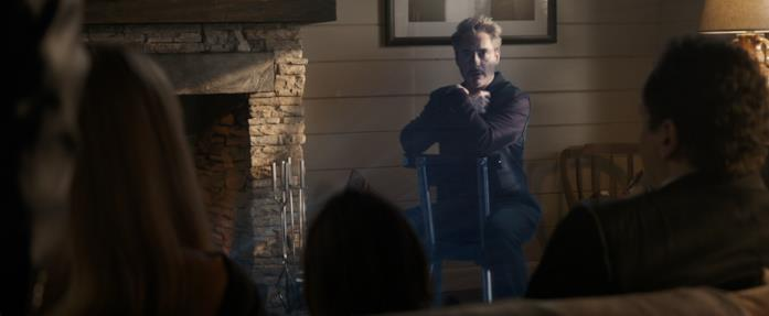 Tony Stark (ologramma) parla ad amici e parenti alla fine di Avengers: Endgame