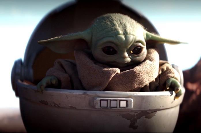 Un'immagine di Baby Yoda nella prima stagione di The Mandalorian