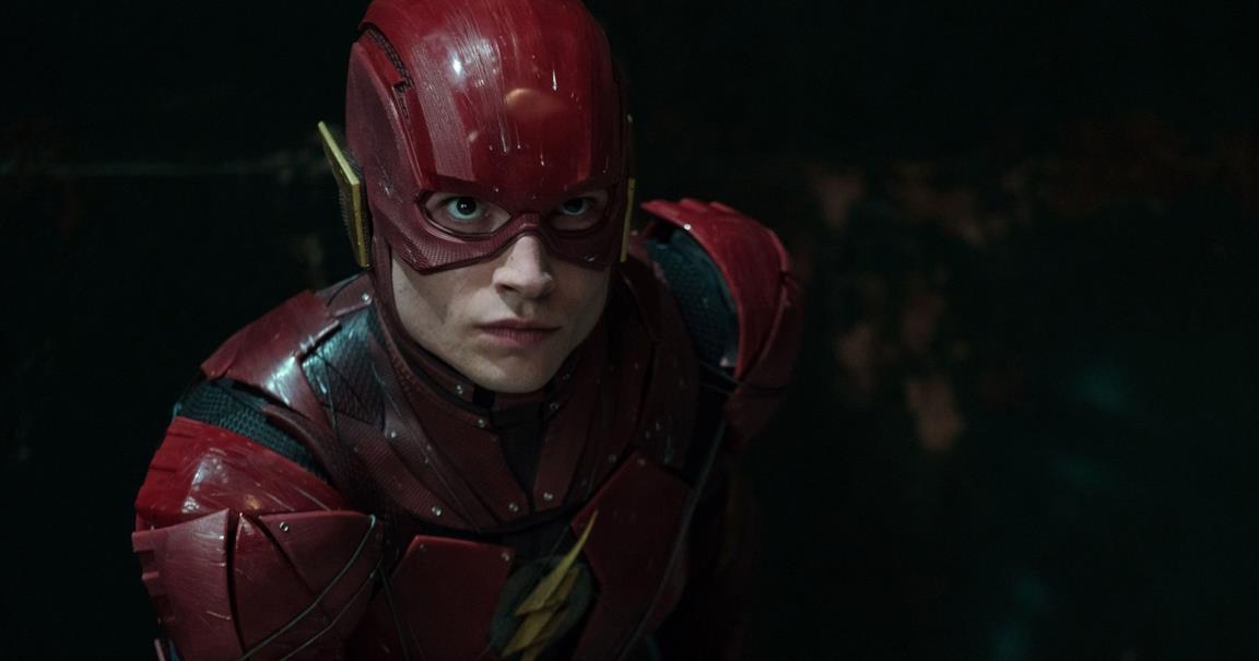 Ezra Miller nei panni di The Flash
