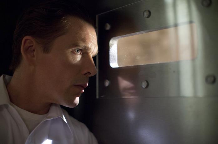 Ethan Hawke in una scena de La notte del Giudizio