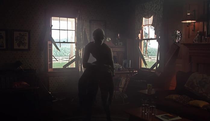 Un alieno in una scena del film Signs