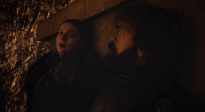 Sophie Turner e Peter Dinklage in Game of Thrones 8x03