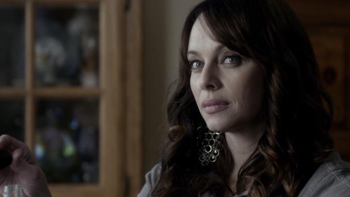 Melinda Clarke è Kelly, la madre di Matt, in The Vampire Diaries