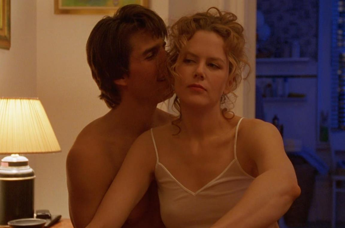 Nicole Kidman e Tom Cruise durante una scena di Eyes Wide Shut
