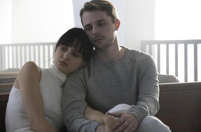 Un'immagine inedita della quinta stagione di The Affair