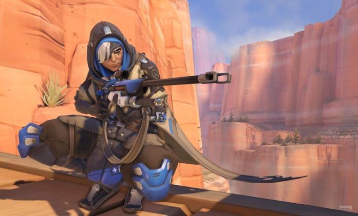 Ana Amari pronta a colpire con il suo fucile in Overwatch