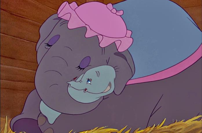 Dumbo e la mamma