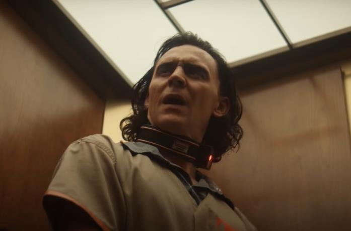 Loki, una clip mostra il protagonista fare la conoscenza di Mobius