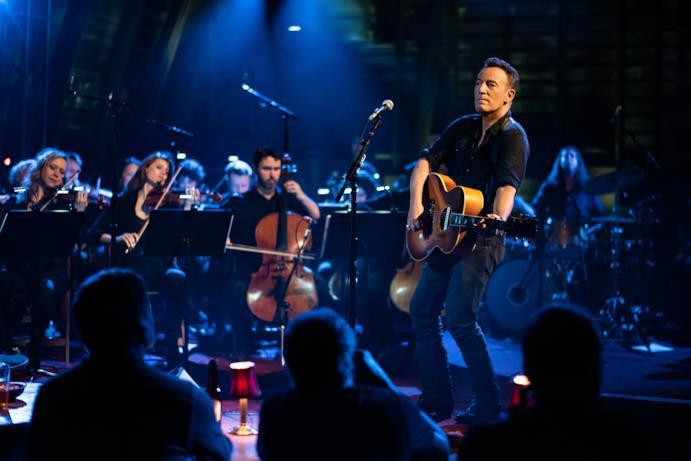 Springsteen e l'orchestra nel film